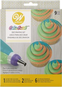 Wilton Decorating Kit 48 Piece  from www.couponaholic.net